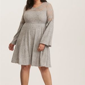 NWT Size 0X/14 Torrid Lace Inset Grey Dress